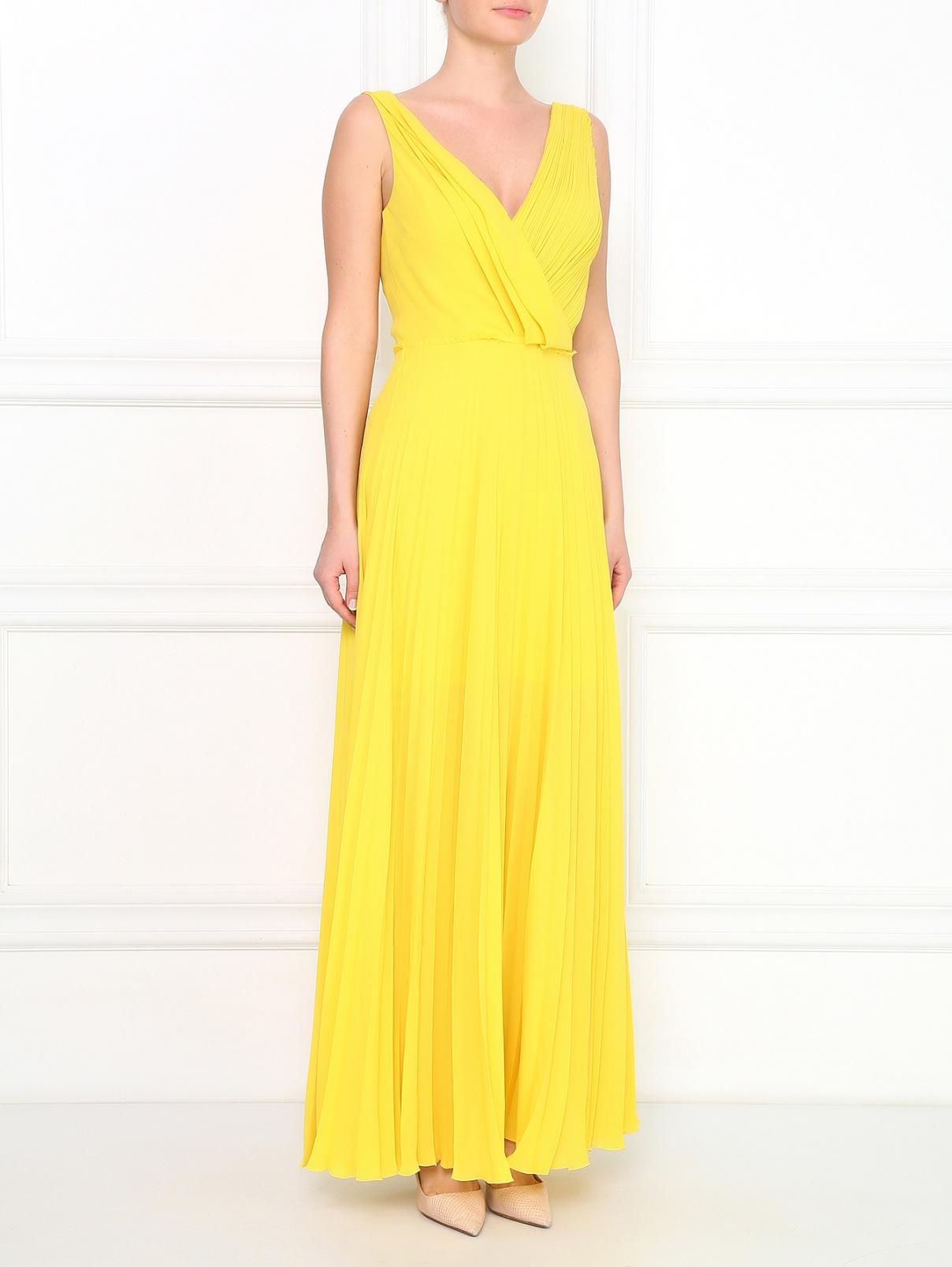 Платье-макси с плиссировкой и драпировками Cedric Charlier  –  Модель Общий вид  – Цвет:  Желтый