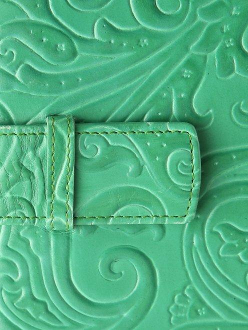 Кожаный чехол для iPad с тиснением - Деталь