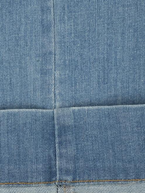 Укороченные джинсы прямого кроя - Деталь2