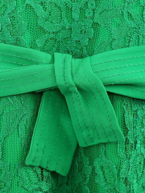 Платье-миди из кружева с поясом - Деталь1