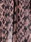 Плиссированная юбка из кожи с узором DROMe  –  Деталь