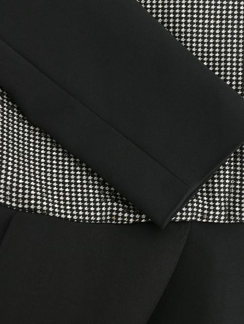 Приталенный жакет из смесовой шерсти с контрастной отделкой - Деталь