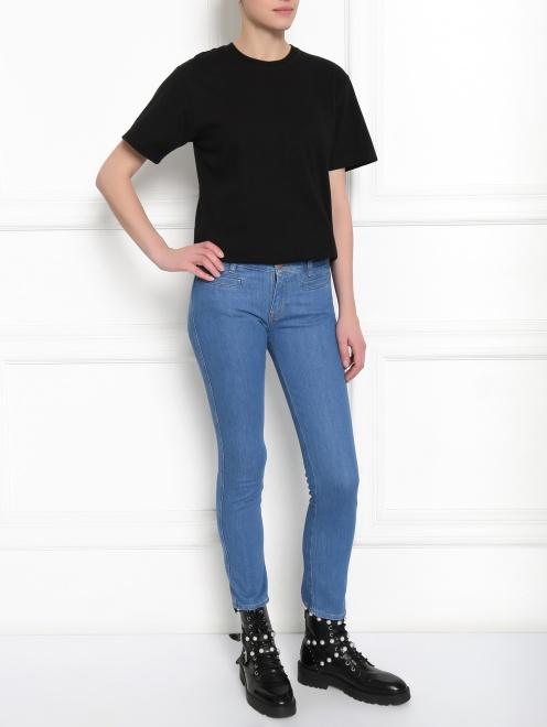 Укороченные узкие джинсы из плотного денима - Общий вид