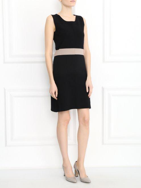 Платье-мини из трикотажа с контрастной вставкой  - Общий вид
