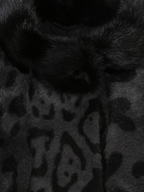 Пальто из меха козы с рукавами 3/4 - Деталь1