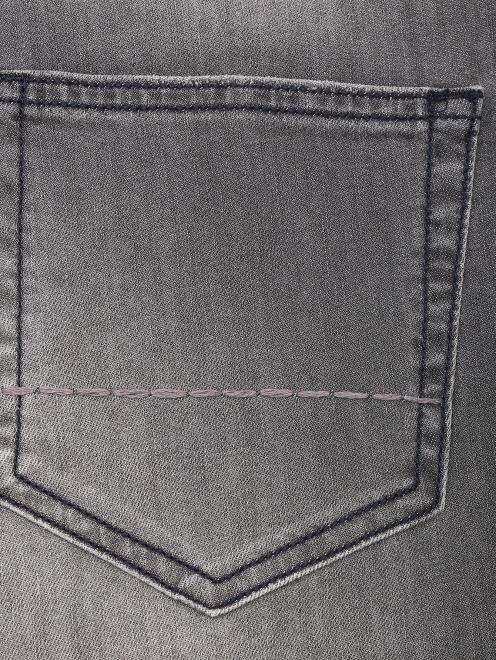 Джинсы из хлопка с карманами  - Деталь1