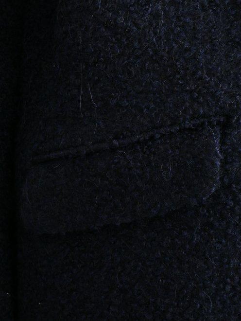 Пальто свободного кроя с накладными карманами - Деталь