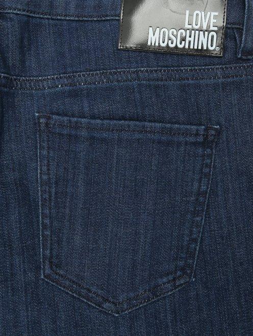 Джинсы с вышивкой пайетками  - Деталь