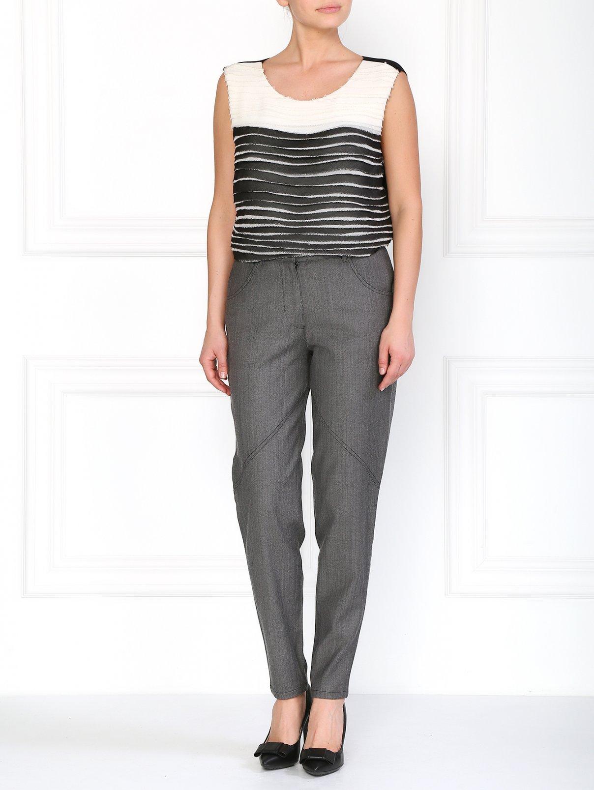 Классические брюки из шерсти и хлопка Barbara Bui  –  Модель Общий вид  – Цвет:  Серый