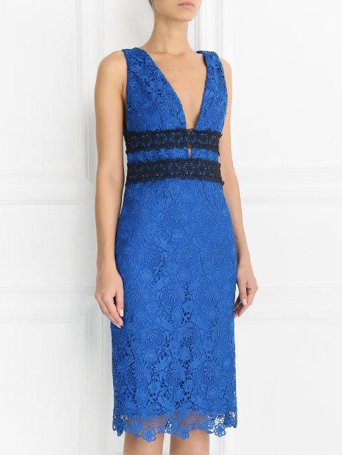 Платье-футляр с кружевным узором - Модель Верх-Низ